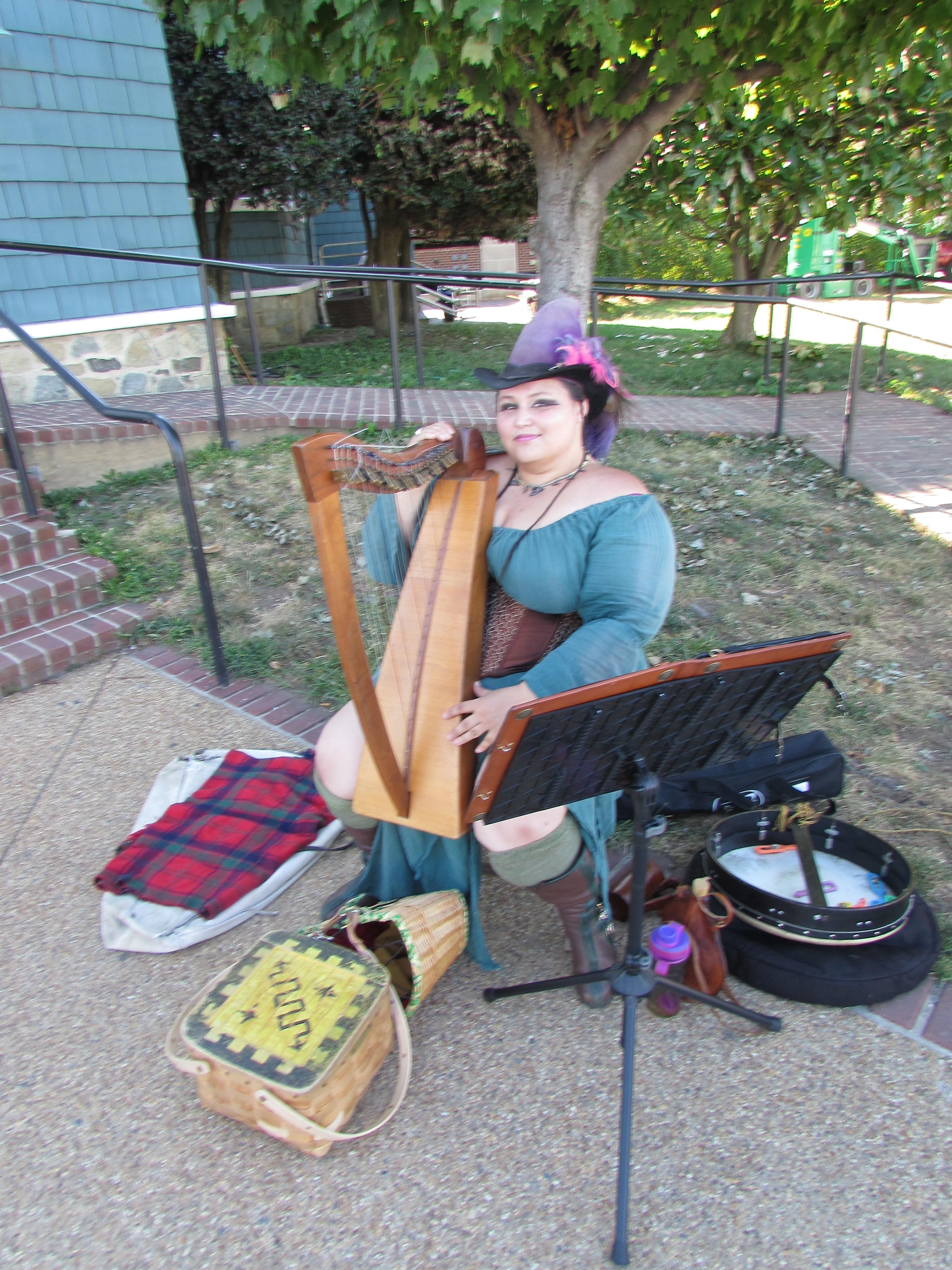Harp  Lady  Alexandria  Virginia