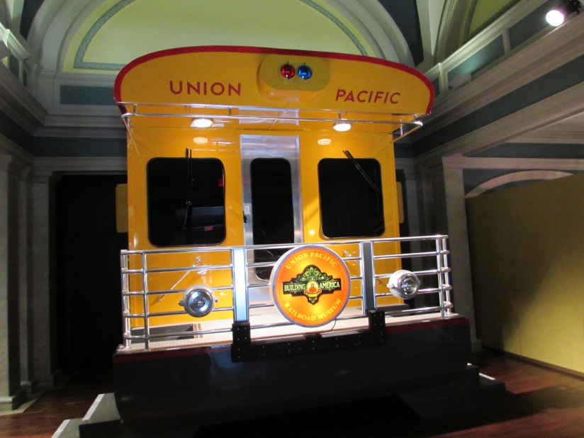 photo-set-of-a-union-pacific-parlor-car-council-bluffs-iowa
