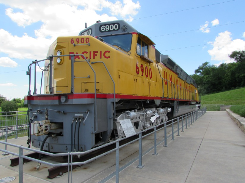 union-pacific-6900-kenefick-park-omaha-nebraska